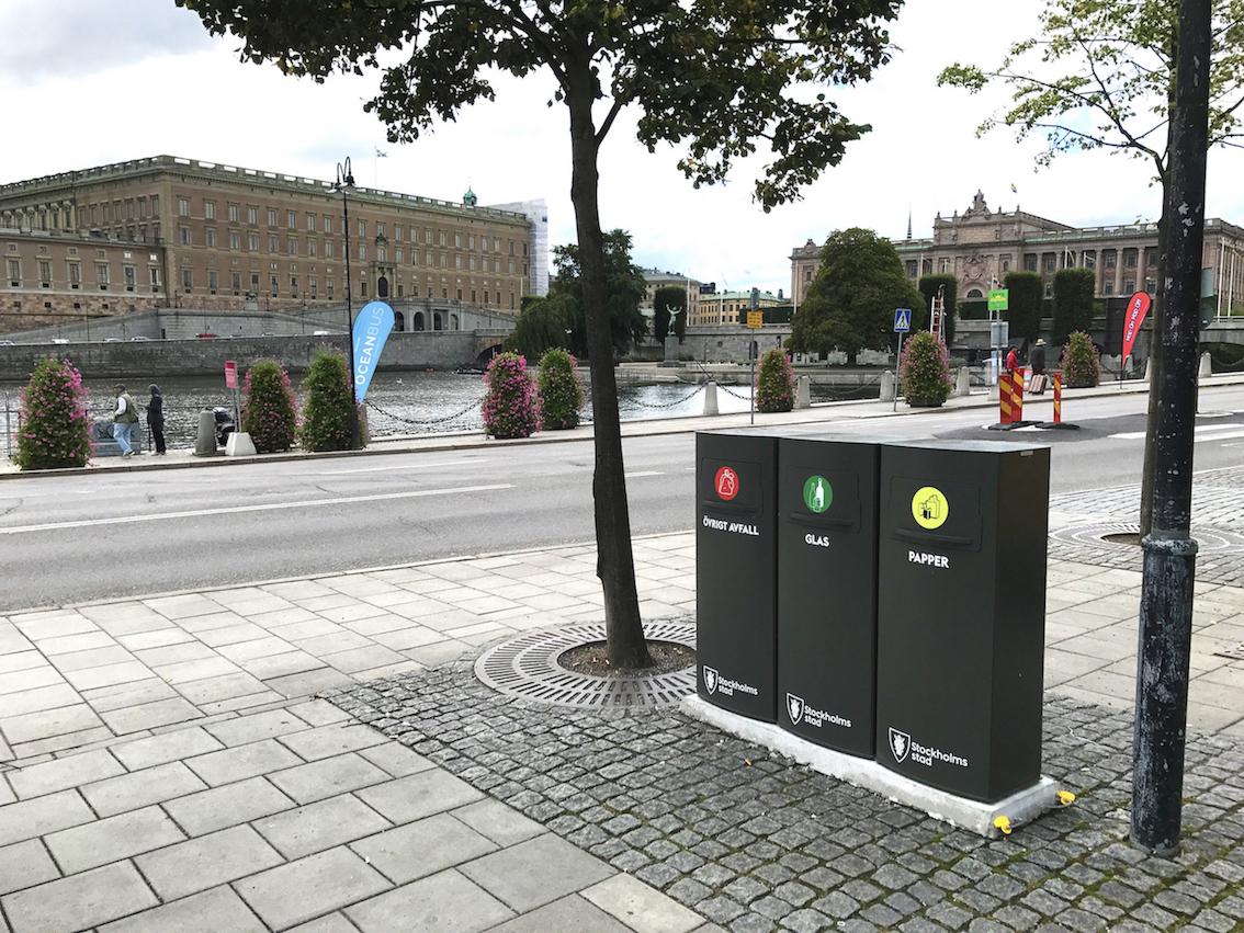Mango källsorteringsystem för offentlig utomhusmiljö